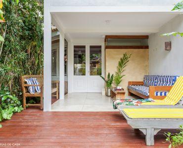 L003 - Casa com jardim